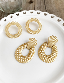 Gold Alloy Shell Geometric Earrings