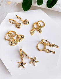 Fashion Gold Copper Inlaid Zircon Hippocampus