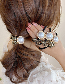 Fashion Three-dimensional Geometry Bear Hair Rope Alloy Rabbit Bear Pearl Round Knotted Hair Rope
