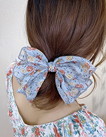 Fashion White Floral Silk Flower Print Butterfly Combined With Blonde Clip