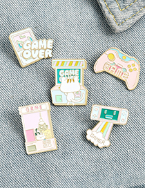 Fashion Game Console Cat Game Machine Dripping Oil Geometric Alloy Brooch
