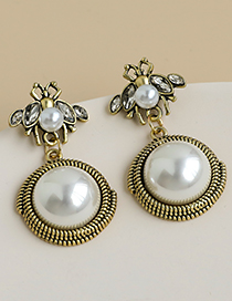 Golden Alloy Pearl Insect Ear Studs