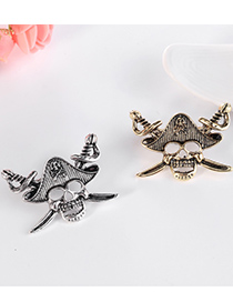 Fashion Golden Color Alloy Pirate Skull Brooch