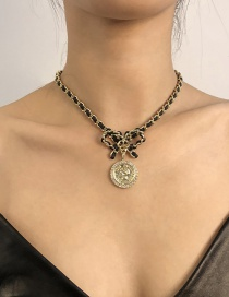 Fashion Golden Alloy Bow Necklace
