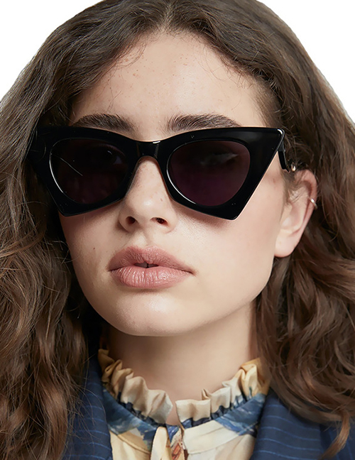 Fashion Real White On Purple Under Powder Triangular Cat-eye Cut-out Temple Sunglasses
