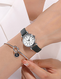 Fashion Brown Roman Scale Watch With Thin Strap
