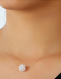 Fashion White Ball Pearl Pendant Fishbone Necklace