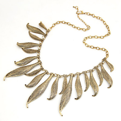 Exaggerated Gold Color Hollow Out Geometric Shape Decorated Collar Necklace