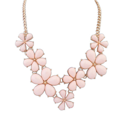 Fine Light Pink Flower Decorated Simple Design Alloy Bib Necklaces