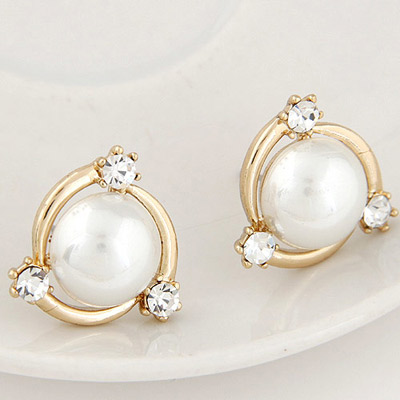white pearl decorated simple design asujewelry