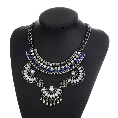 Fashion Blue Oval Shape Diamond Decorated Hollow Out Simple Necklace