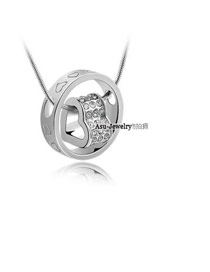 Wholesale Silver Color Letter Pattern Decorated Round Shape Design Alloy Crystal Necklaces