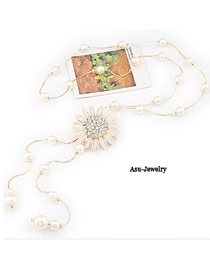 Korean exquisite classic fashion sunflower tassels decorated with imitate pearl design sweater chain