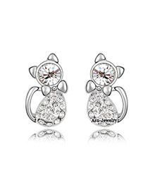 Luxurious White Diamond Decorated Simple Design  Cuprum Crystal Earrings