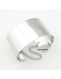 Fashion Silver Color Buckle Shape Decorated Opening Bracelet