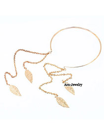 Elegant Gold Color Oval Shape Diamond Decorated Simple Opening Necklace