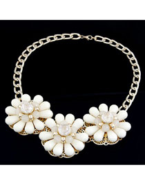Lace Beige Three Big Flowers Decorated Alloy Fashion Necklaces