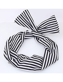 Lovely Black+white Color-matching Decorated Hair Band