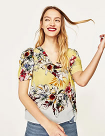 Fashion Yellow Flower Pattern Decorated Color Matching Short Shirt