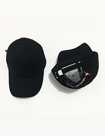 Fashion Black Embroidered Flamingo Decorated Adjustable Baseball Cap