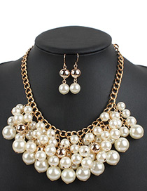 Elegant White Round Shape Pendant Decorated Jewelry Sets