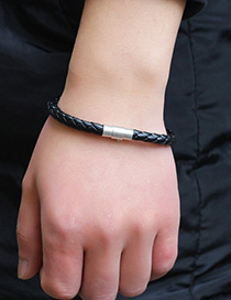 Fashion Black Buckle Shape Decorated Simple Bracelet