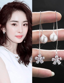 Fahsion Silver Color Pearl&diamond Decorated Simple Earrings