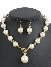 Fashion Beige Pearl Decorated Jewelry Set