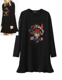 Fashion Black Flower&bird Pattern Decorated Dress