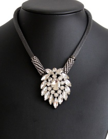 Fashion Black Flower Shape Decorated Necklace