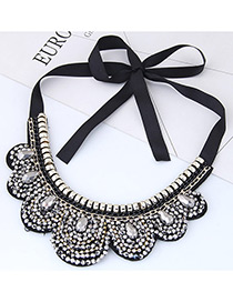 Trendy White Water Drop Shape Diamond Decorated Collar Necklace