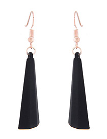 Fashion Black Vertical Shape Decorated Earrings