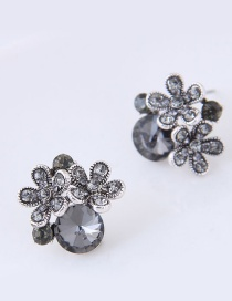 Elegant Gray Flower Shape Decorated Earrings