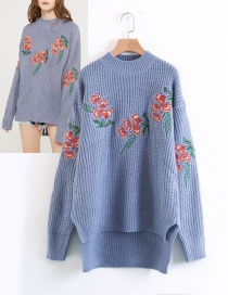 Fashion Blue Embroidery Flower Decorated Sweater