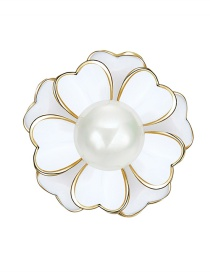 Elegant White Flower Shape Decorated Brooch