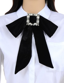 Elegant Black Square Shape Decorated Bowknot Necklace