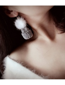 Fashion White Hat Shape Decorated Simple Earrings