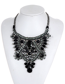 Luxury Black Hollow Out Decorated Necklace