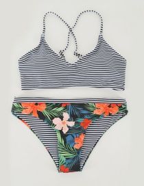 Fashion Black+white Flower Pattern Decorated Swimwear