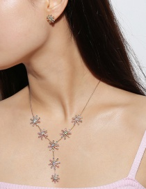 Elegant Gold Color Snowflake Shape Decorated Jewelry Sets