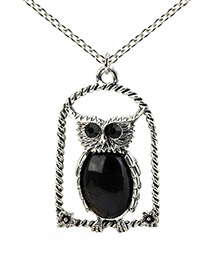 Lovely Black Owl Shape Decorated Long Chain Necklace