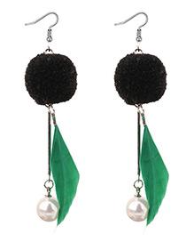 Elegant Green Leaf Shape Decorated Earrings