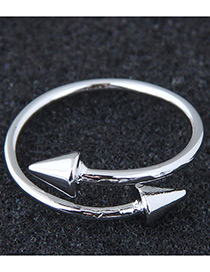 Fashion Silver Color Rivet Shape Decorated Ring