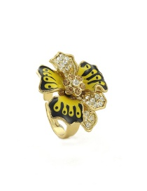 Fashion Yellow Flower Shape Decorated Ring