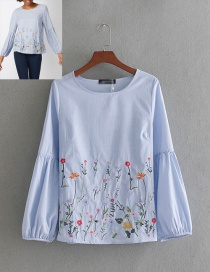 Fashion Blue Flower Pattern Decorated Shirt