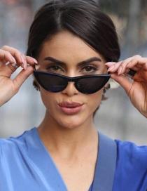 Fashion Black Oval Shape Design Simple Sunglasses