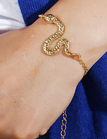 Fashion Gold Color Snake Shape Decorated Bracelet