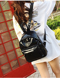 Fashion Black Badge Decorated Leisure Travel Bag