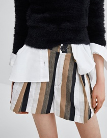 Fashion Multi-color Stripe Pattern Decorated Short Pants