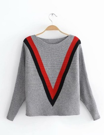 Fashion Gray Stripe Pattern Decorated Sweater